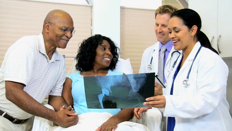 Почему пациенты выбирают лечение рака костей за границей